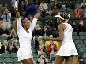 Williams sisters off to winning start