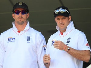 Pietersen row saddens Vaughan