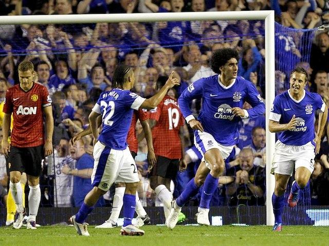 Fellaini doubtful for Man United match