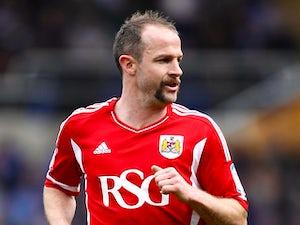 Carey agrees Bristol City extension
