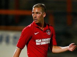 Wagstaff joins Orient on loan