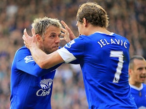 Neville hails Everton spirit