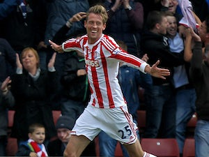 Redknapp confirms Crouch, Samba interest