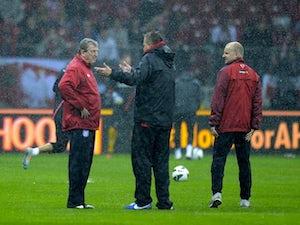 Hodgson wants roof closed tomorrow