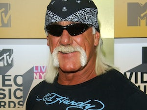 Hogan searches for new UK wrestler
