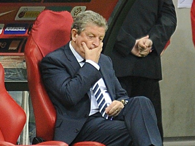 Hodgson 'fed up' of Ferdinand questions