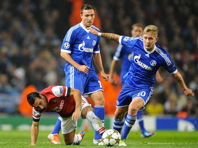 Santi Cazorla and Lewis Holtby
