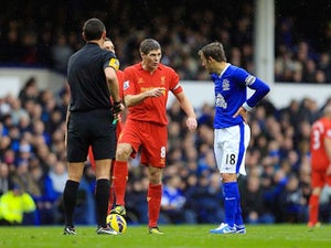 Gerrard slams Neville for diving