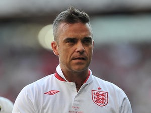 Robbie Williams to sing on Hillsborough charity record