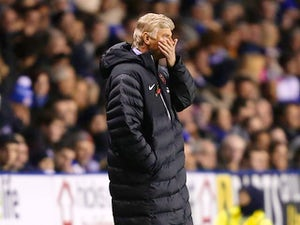 Wenger annoyed by referee's performance
