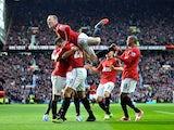 Wayne Rooney humps Robin van Persie's shoulder