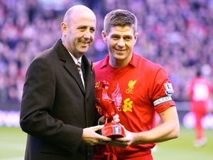 Reina: 'Gerrard can go close to club record'