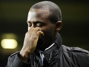 Muamba makes emotional White Hart Lane return