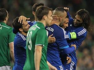 Holebas gives Greece 1-0 lead