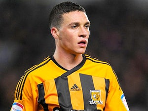 Chester signs new Hull contract