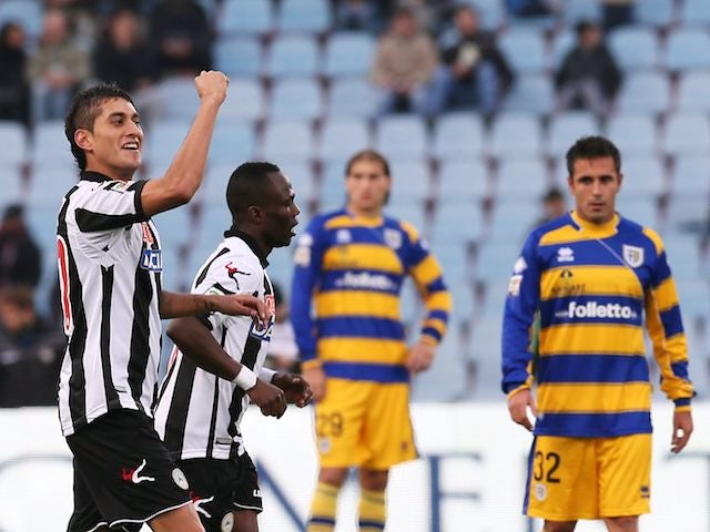 Roberto Pereyra raises his fist after scoring for Udinese on November 18, 2012
