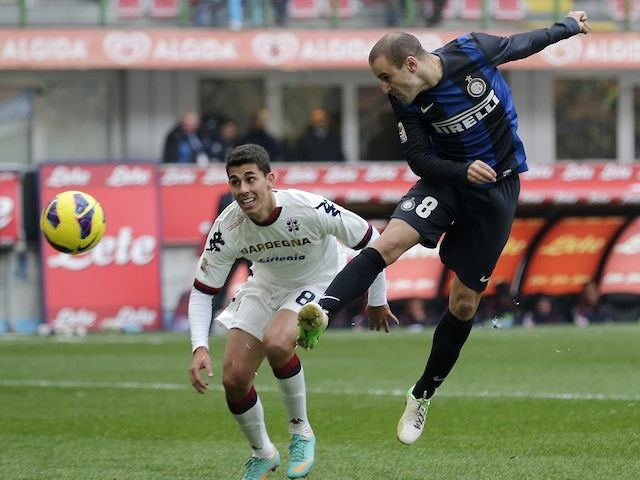 Rodrigo Palacio scores for Inter against Cagliari on November 18, 2012