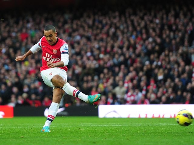 Walcott: 'I want to repay Wenger with trophies'
