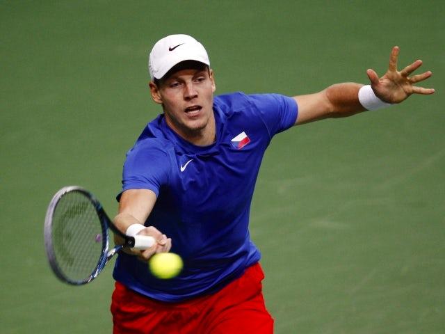 Tomas Berdych beats Nicolas Almagro at the Davis Cup on November 16, 2012