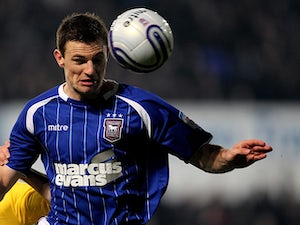Half-Time Report: Smith header gives Ipswich lead
