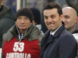 Fiorentina coach Vincenzo Montella bares his choppers on November 18, 2012