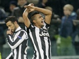 Arturo Vidal celebrates his goal versus Chelsea on November 20, 2012