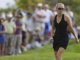 Rory McIlroy's girlfriend Caroline Wozniacki struts around the course on November 24, 2012