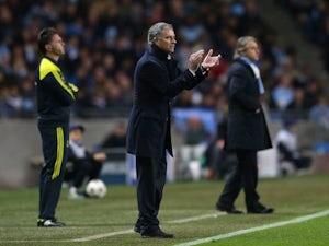 White backs Mourinho for City