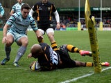 Tom Varndell scores London Wasps' first try during the match against Leicester Tigers on November 25, 2012