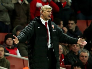 Wenger denies contract extension talk