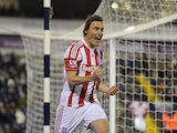 Dean Whitehead celebrates after scoring his goal on December 1, 2012
