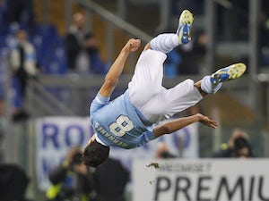 Hernanes happy with deeper role