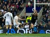 Owen Farrell scores a drop goal for England against New Zealand on December 1, 2012