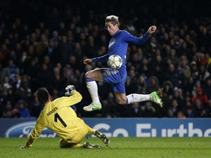 Benitez considers Ba, Torres partnership