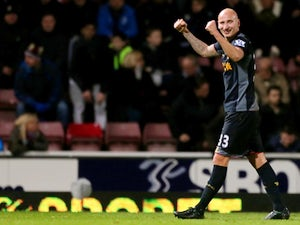 Swansea confirm Shelvey talks