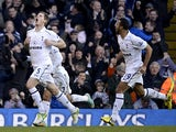 Jan Vertonghen celebrates his goal with team mates on December 16, 2012