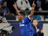 Schalke's Jefferson Farfan celebrates scoring the opener against SC Freiburg on December 15, 2012