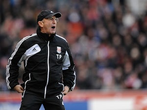 Pulis: 'We need 40 points to be safe'