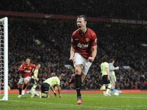 Evans: 'United targeting Capital One Cup'