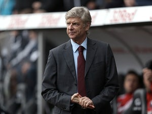 PSG planning to tempt Wenger?