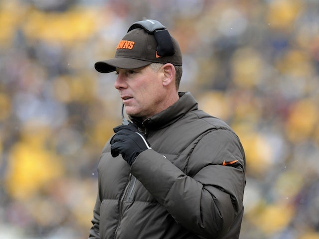 Browns coach Pat Shurmur on the sidelines against Pittsburgh on December 30, 2012