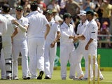 South Africa players celebrate the test victory of New Zealand on January 4, 2013