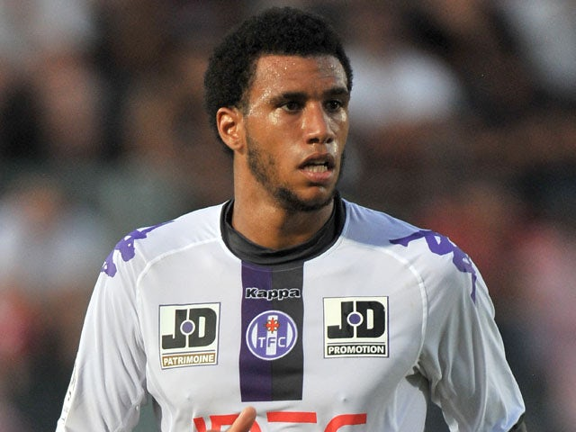 Capoue agent claims Premier League interest