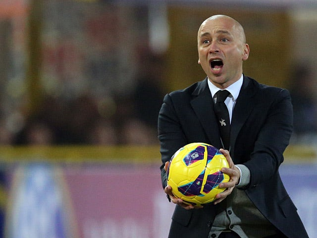 Chievo Verona coach Eugenio Corini with the ball during the match against Bologna on January 12, 2013