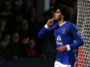 Moyes calls for Fellaini calm