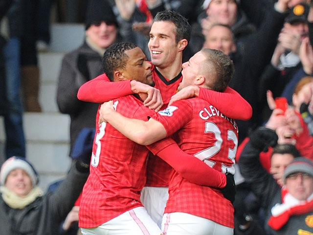 Van Persie delighted with Man Utd start