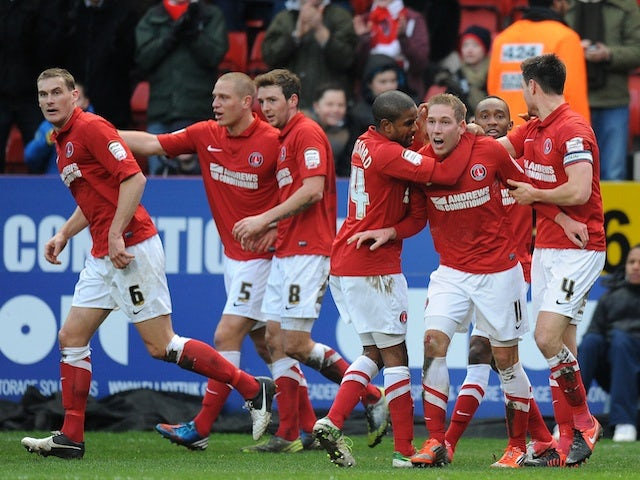 Half-Time Report: Charlton lead Palace