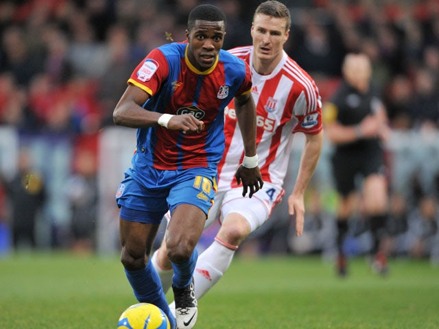 Moyes to assess Wilfried Zaha