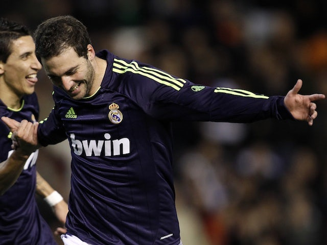best sneakers 6cbc2 056b8 Team News: Gonzalo Higuain starts for Real Madrid - Sports Mole