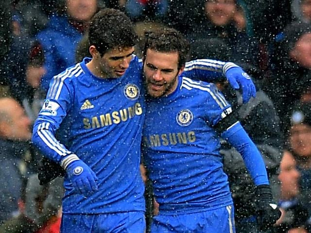 Half-Time Report: Mata edges Chelsea in front